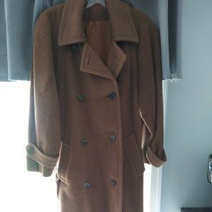 Medium/Large (10) Camel Clor Cashmere Trenchcoat